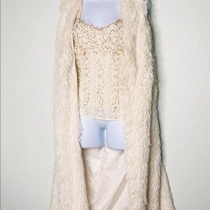 WOMENS FUZZY SOFT LONG OFF WHITE VEST
